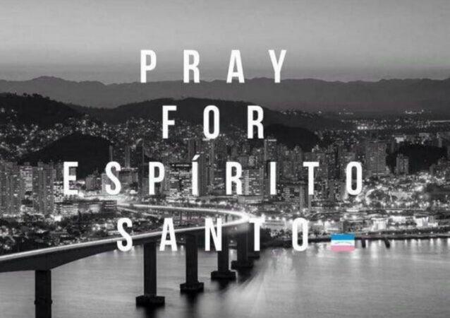 Reze por Espírito Santo, pede uma imagem com legenda em inglês, amplamente divulgada pelos usuários no Twitter