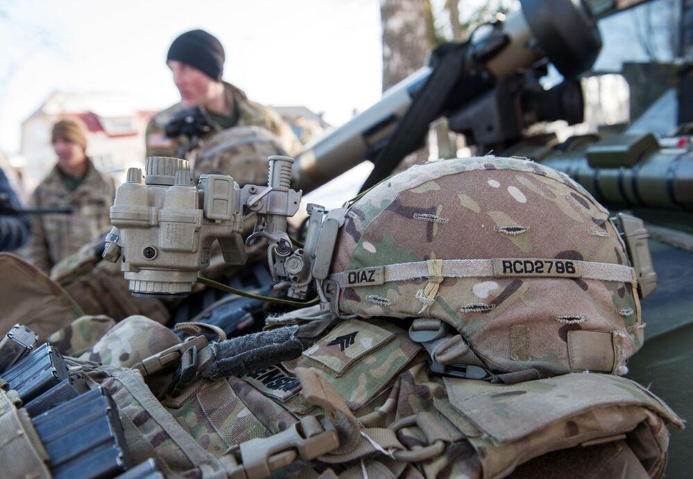 Demonstração de material militar, equipamento e armamento da OTAN na Letônia