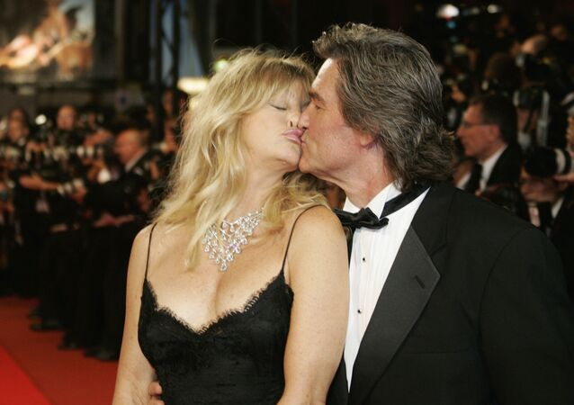 Atores americanos Goldie Hawn e Kurt Russell