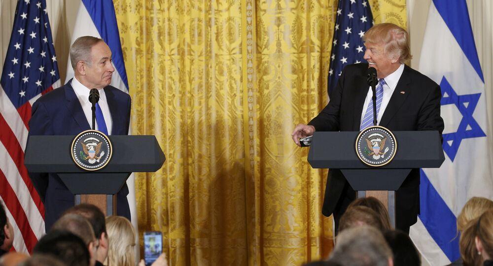 O presidente dos EUA, Donald Trump, e o primeiro-ministro israelense, Benjamin Netanyahu, se reuniram na quinta-feira, 15 de fevereiro de 2017.