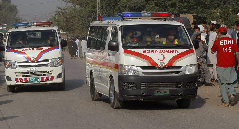 Entre os mortos estaria um político local, Nawabzada Siraj Raisani, do Partido Baluquistão Awami