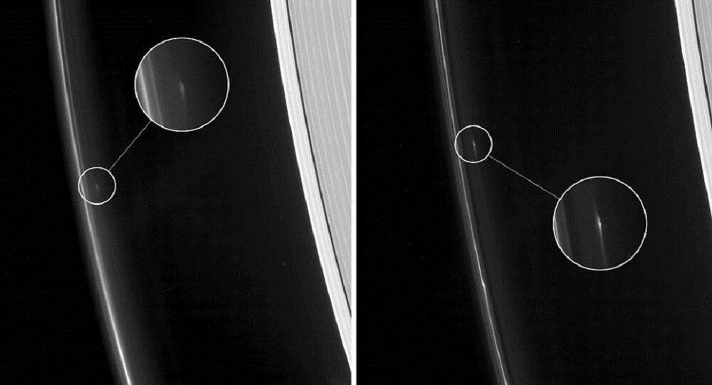 Objetos no anel F de Saturno