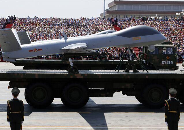 Veículos militares levando drones chineses Wing Loong
