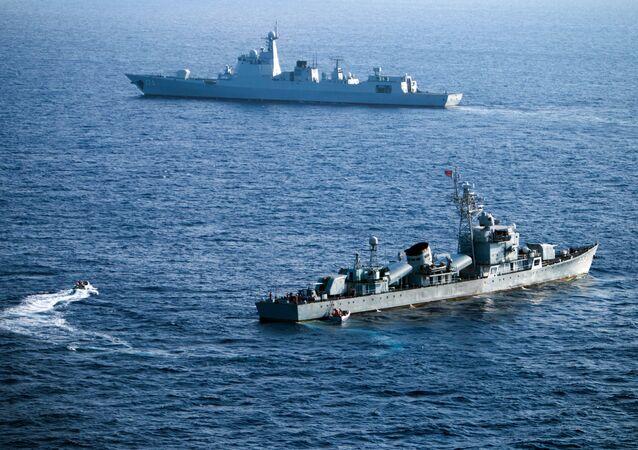 Navios de guerra chineses