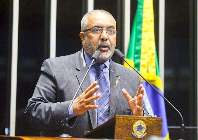 Paulo Paim anuncia ter 35 assinaturas para criar CPI da Previdência