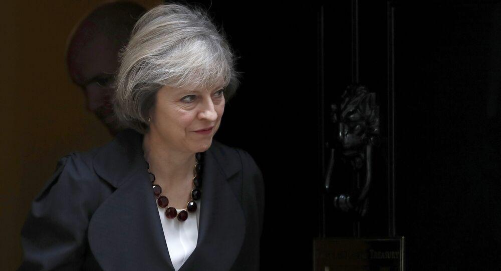 Premiê britânica Theresa May