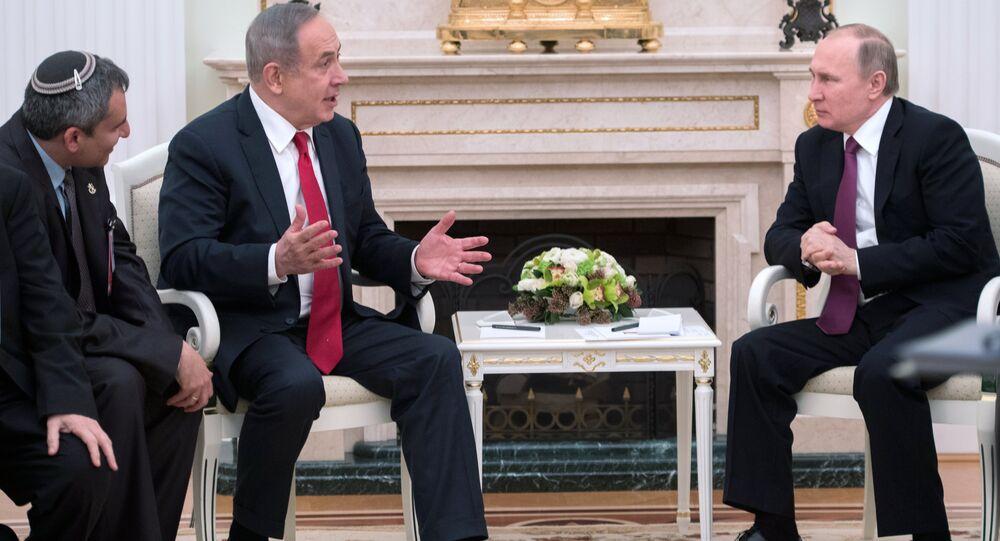 Premiê israelense, Benjamin Netanyahu e presidente russo, Vladimir Putin durante o encontro, 9 de março de 2017