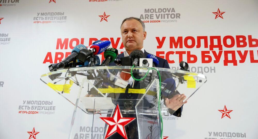 Igor Dodon em conversa com jornalistas após ser eleito presidente da Moldávia. Chisinau, 14 de novembro de 2016