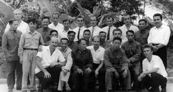 Forças Especiais da União Soviética no Regimento 386 do Exército Nacional do Vietnã