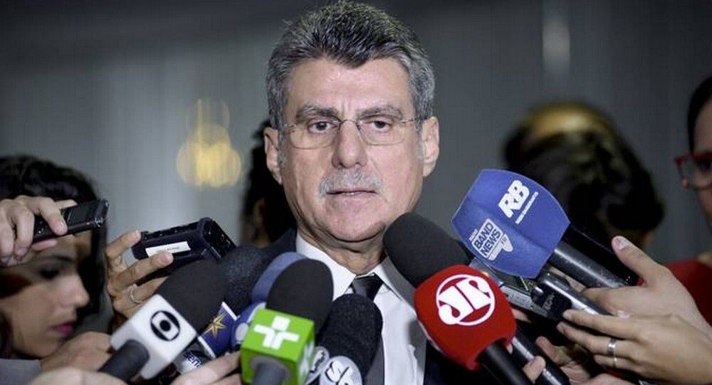 O líder do governo, Romero Jucá vê a medida como preventiva, mas admite que o corte reduza os investimentos em 2018