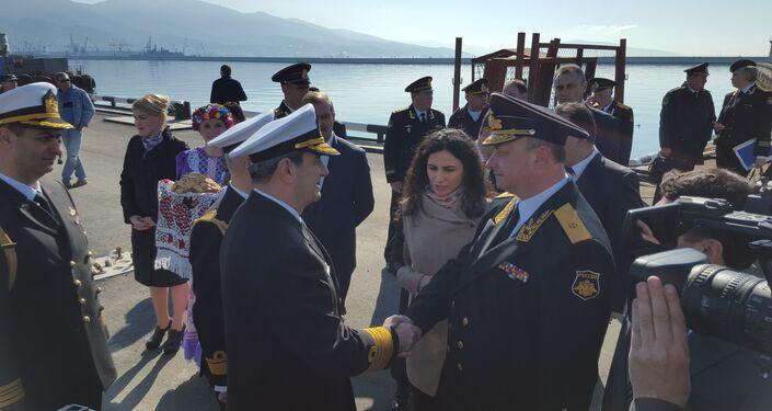 Navios de combate turcos chegam ao porto de Novorossiysk, sudeste da Rússia
