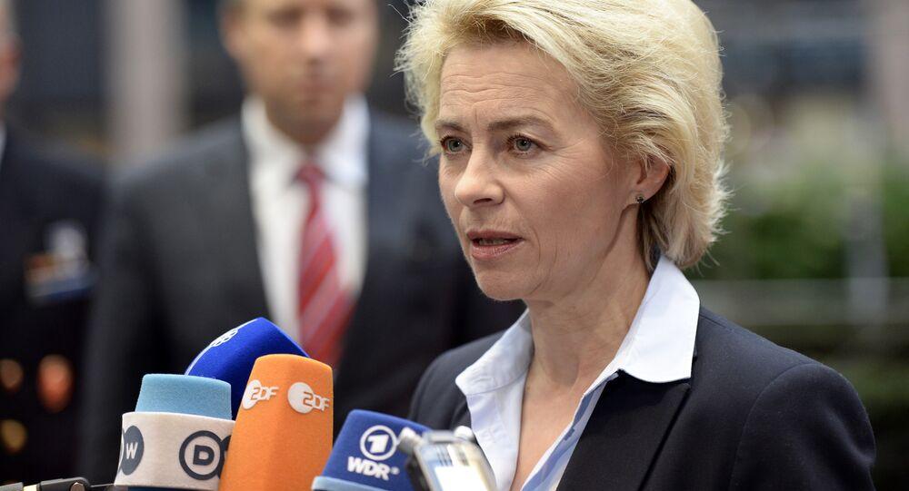Ministra da Defesa alemã Ursula von der Leyen