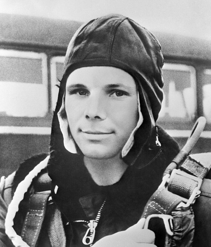 Yuri Gagarin – candidato a cosmonauta. Preparação para o voo