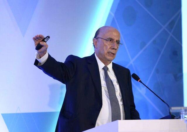 Para o ministro Henrique Meirelles as mudanças que estão sendo negociadas com o Congresso devem garantir a eficiência e o equilíbrio fiscal do país
