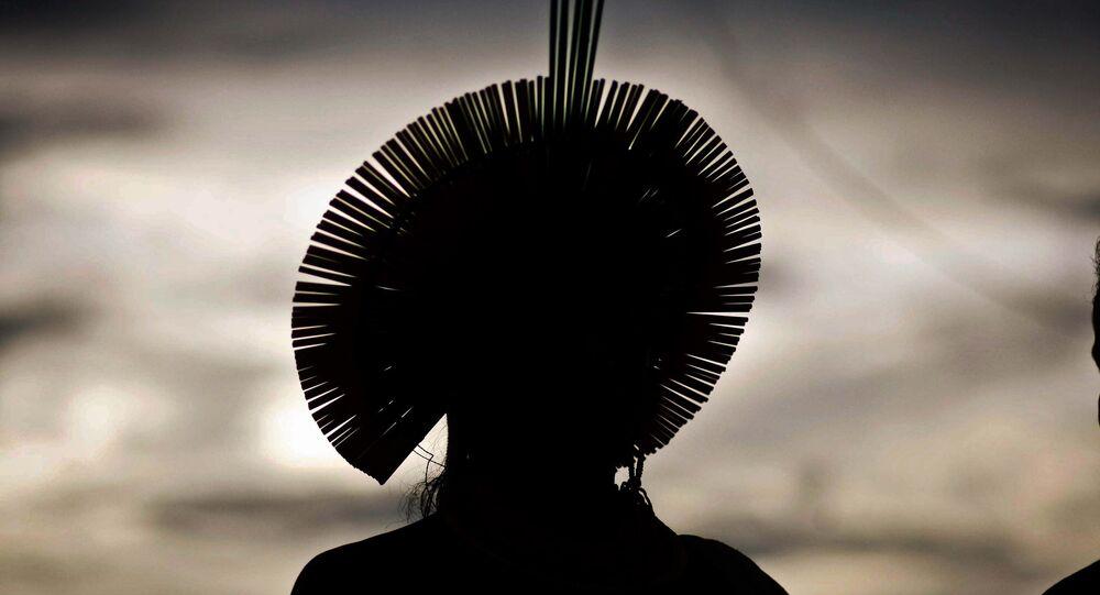 Índio com cocar durante a Semana dos Povos Indígenas no Pará (arquivo)