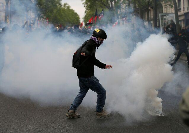 Protestos em Paris, 22 de abril de 2017