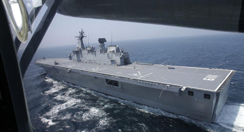 O ROKS Dokdo é um navio de assalto anfíbio sul-coreano