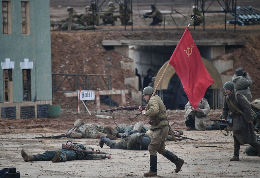 A reconstrução militar histórica Assalto a Berlim na região de Moscou