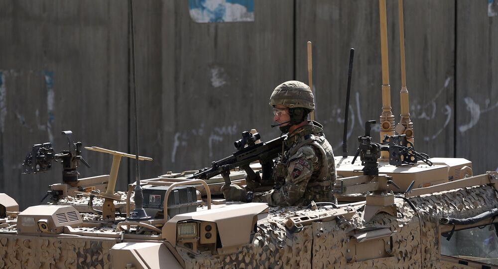 Soldado da OTAN no Afeganistão, foto de arquivo
