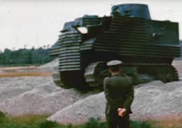O tanque Bob Semple