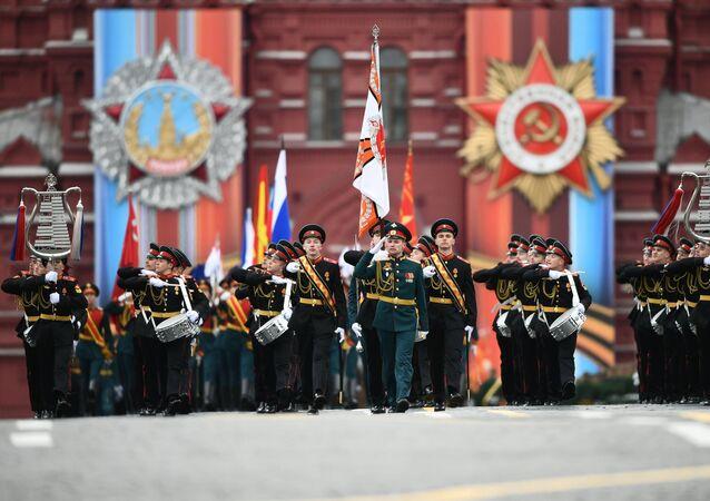 A orquestra militar da Federação da Rússia na Praça Vermelha durante a Parada Militar dedicada ao 72º aniversário da Vitória na Grande Guerra pela Pátria na Praça Vermelha, 9 de maio de 2017
