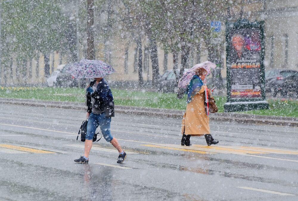 Nevasca primaveril na capital da Rússia