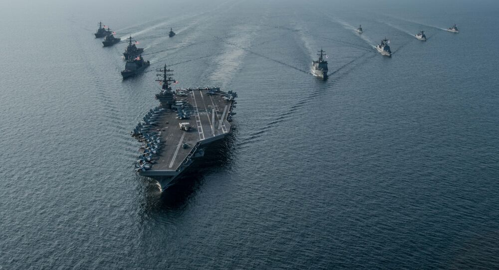 Grupo de ataque dos EUA liderado pelo USS Ronald Reagan