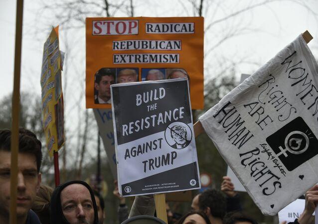 Manifestação contra o presidente dos EUA Donald Trump em Bruxelas
