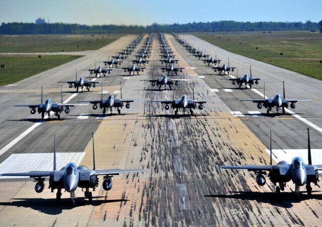 Caças americanos F-15