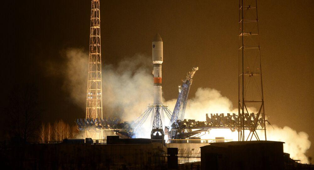Lançamento do foguete portador Soyuz-2.1b. Foto de arquivo