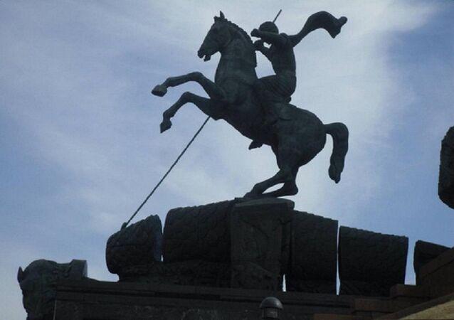 Estátua de São Jorge em Moscou