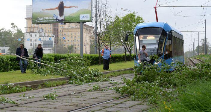 Forte tempestade provoca mortes e feridos em Moscou, 29 de maio de 2017