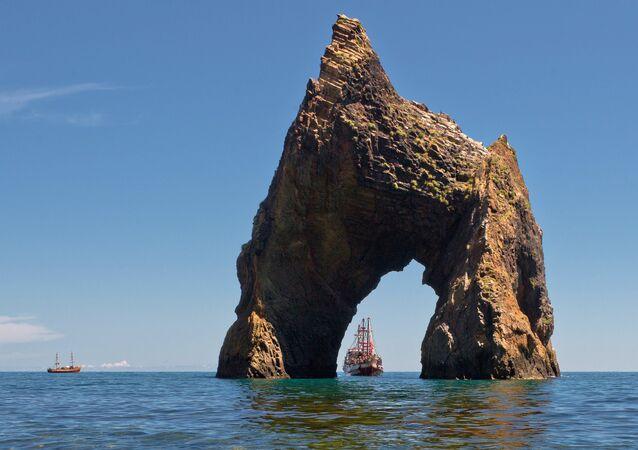 Portal do Diabo, rocha bastante conhecida da região