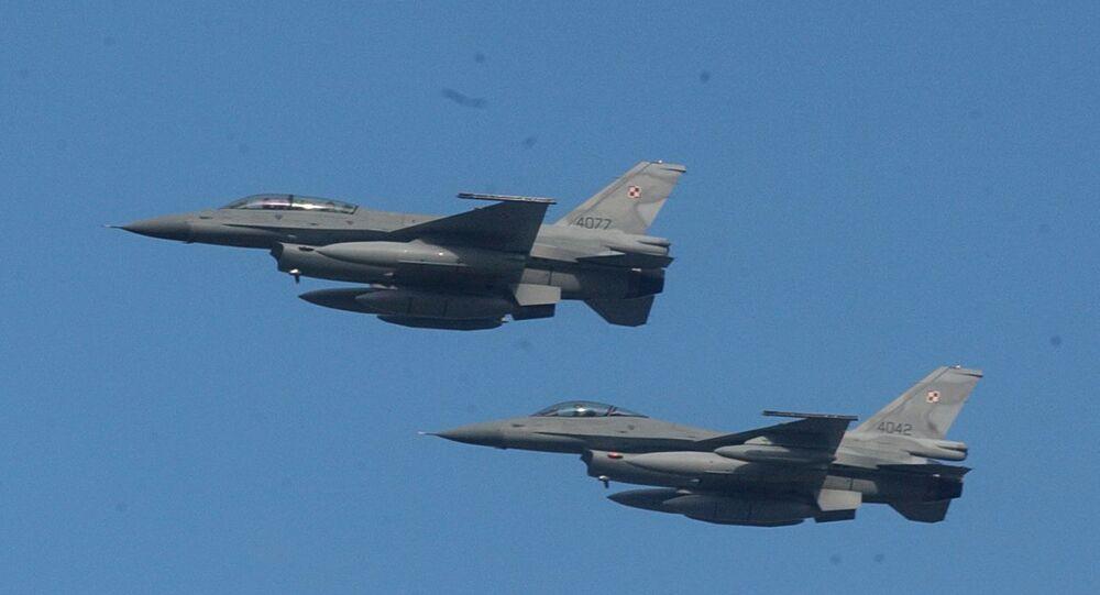 Caças F-16 da Força Aérea da Polônia (foto de arquivo)