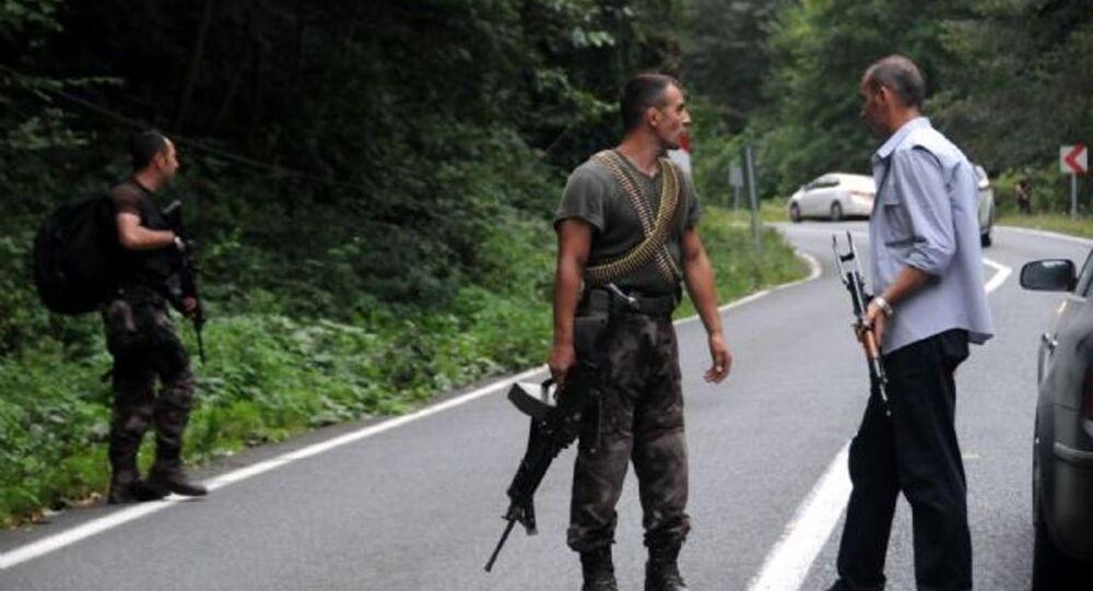 Agentes das forças de segurança da Turquia em Maçka, província de Trabzon, no nordeste do país (arquivo)