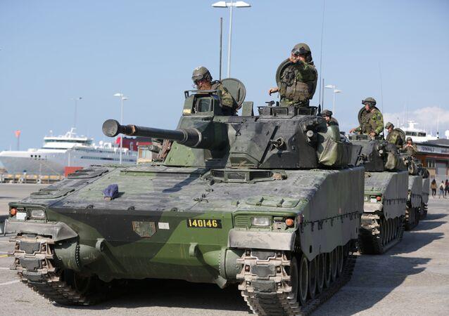 Militares das Forças Armadas da Suécia na ilha de Gotlândia, Suécia (arquivo)