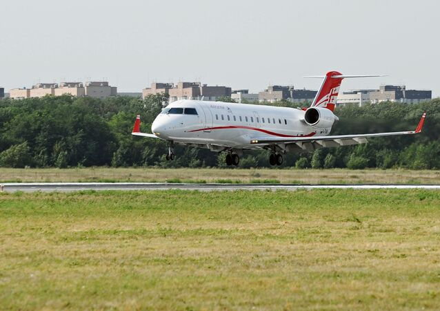 Aeronave da Georgian Airways aterrissando no aeroporto de Rostov-no-Don, na Rússia (arquivo)