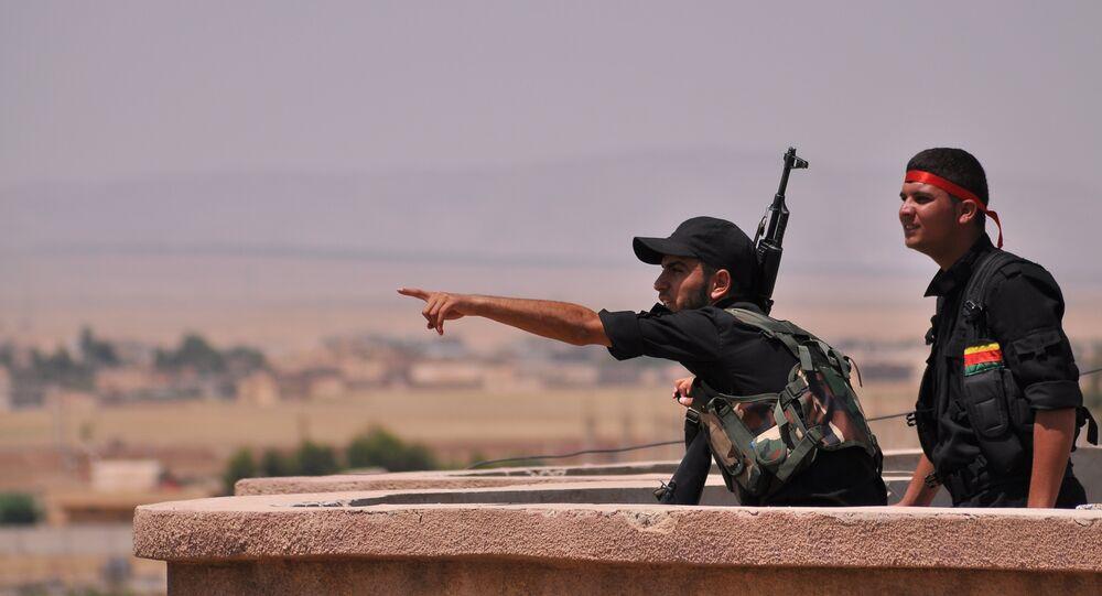 Curdos sírios do YPG (foto de arquivo)