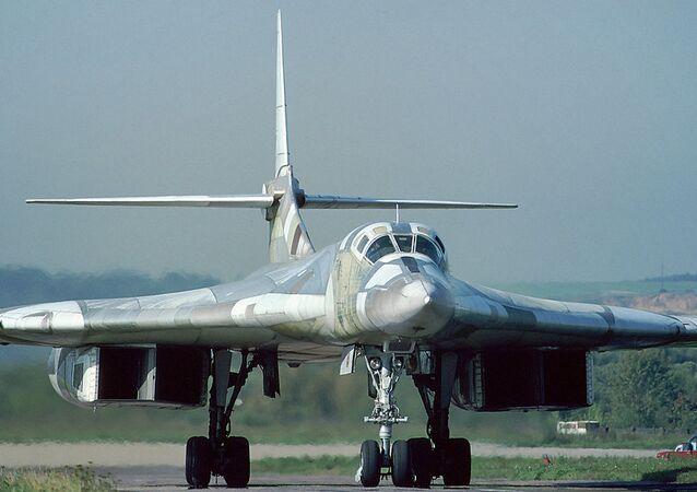 Tu-160 (imagem referencial)