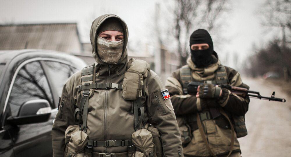 Milicianos de Donbass (foto de arquivo)
