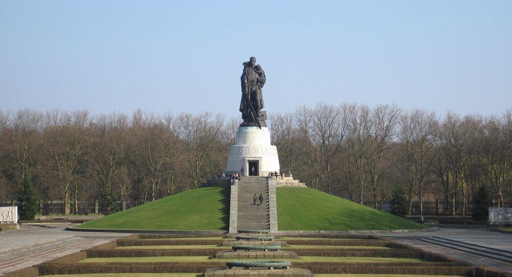 Memorial de Guerra Soviético em Berlim