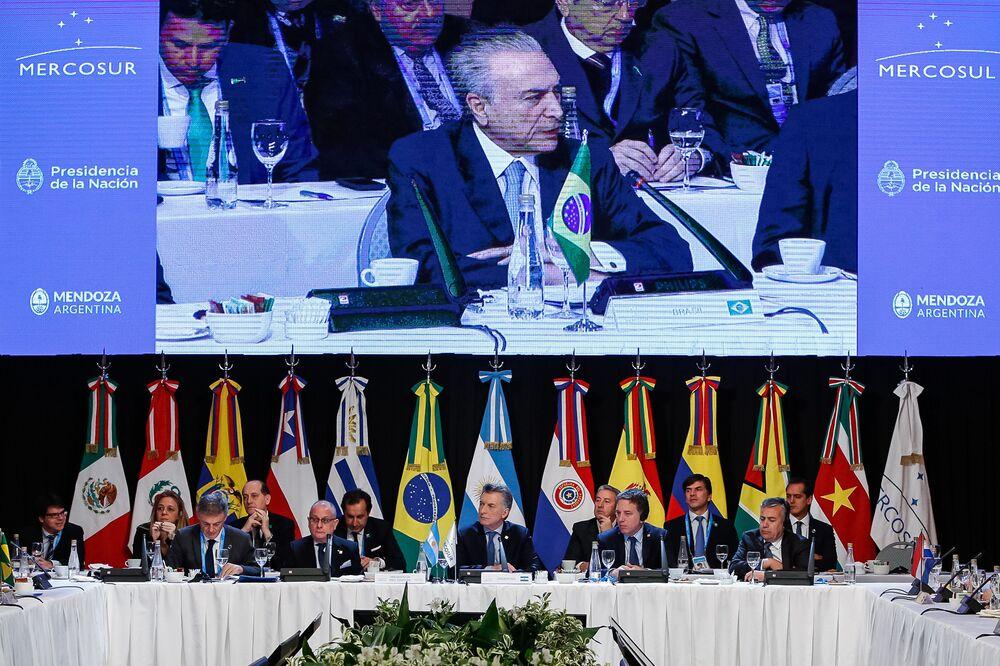 Sessão Plenária dos senhores Presidentes dos Estados membros do Mercosul, estados associados, México e convidados especiais