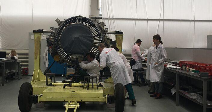 O processo de montagem do motor SaM146