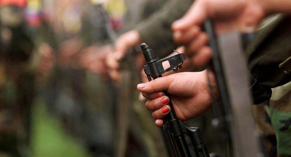 Armas das Forças Armadas Revolucionárias da Colômbia (arquivo)