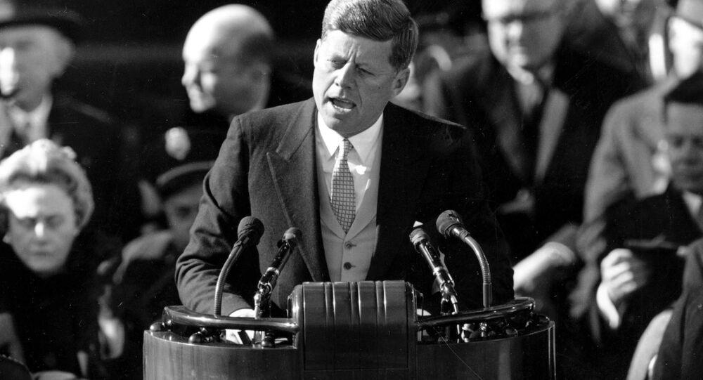 Presidente John Kennedy durante discurso de tomada de posse, em 20 de janeiro de 1961