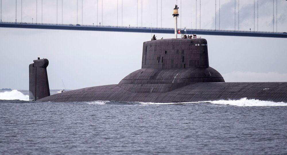 Submarino nuclear russo Dmitry Donskoi na Dinamarca