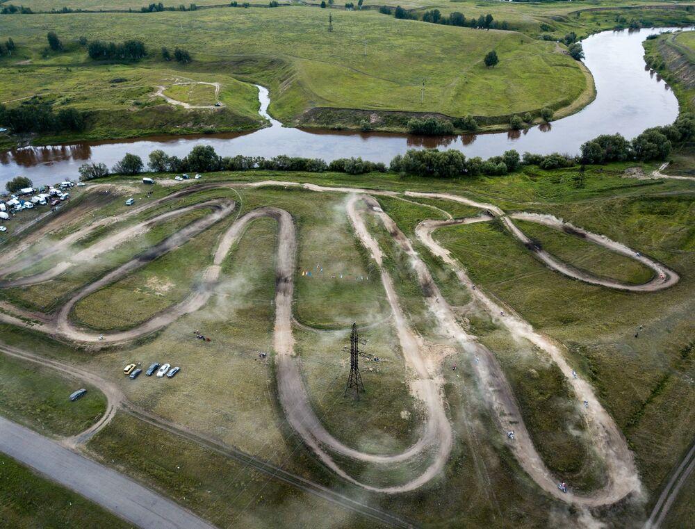 Estrada onde decorre a 2ª etapa do Campeonato da Sibéria de Motocross