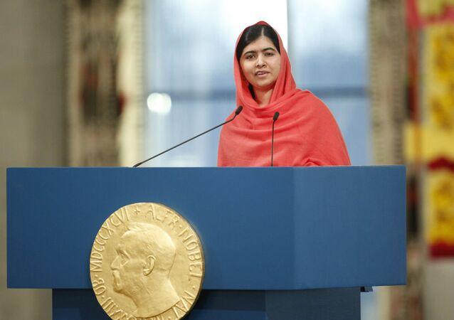 Malala Yousafzai, ao receber o Prêmio Nobel da Paz, em 2014.