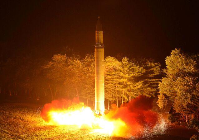 Lançamento do míssil balístico intercontinental Hwasong-12 (29 de julho, 2017)