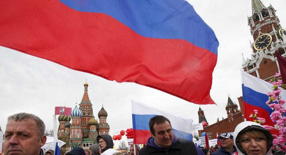 Rússia comemora o Dia da Primavera e do Trabalho